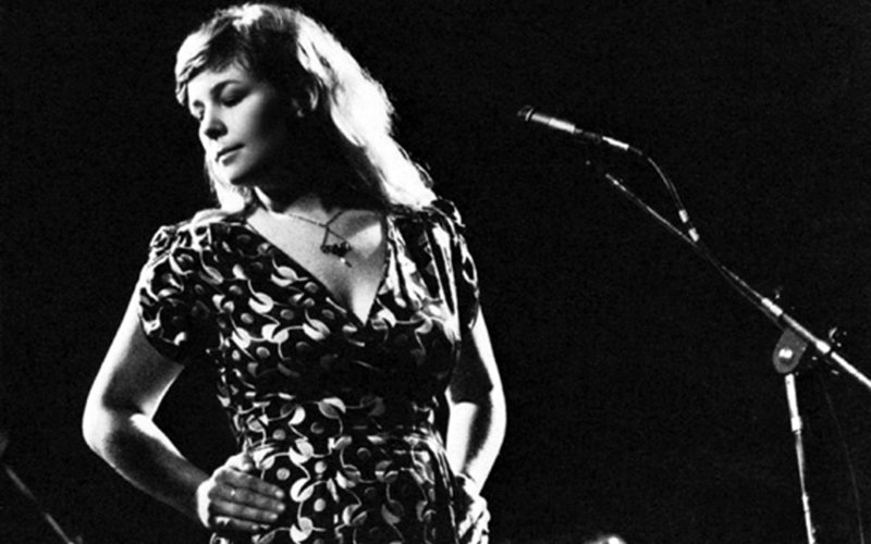 Folk Awards Hall of Fame's Sandy Denny's appearances at the Royal ...