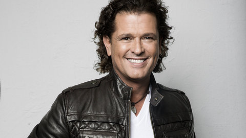 Your photos: Colombian pop pioneer Carlos Vives brings a Latin dance party to the Royal Albert Hall