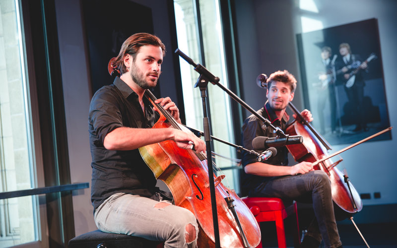 2CELLOS (c) Andy Paradise